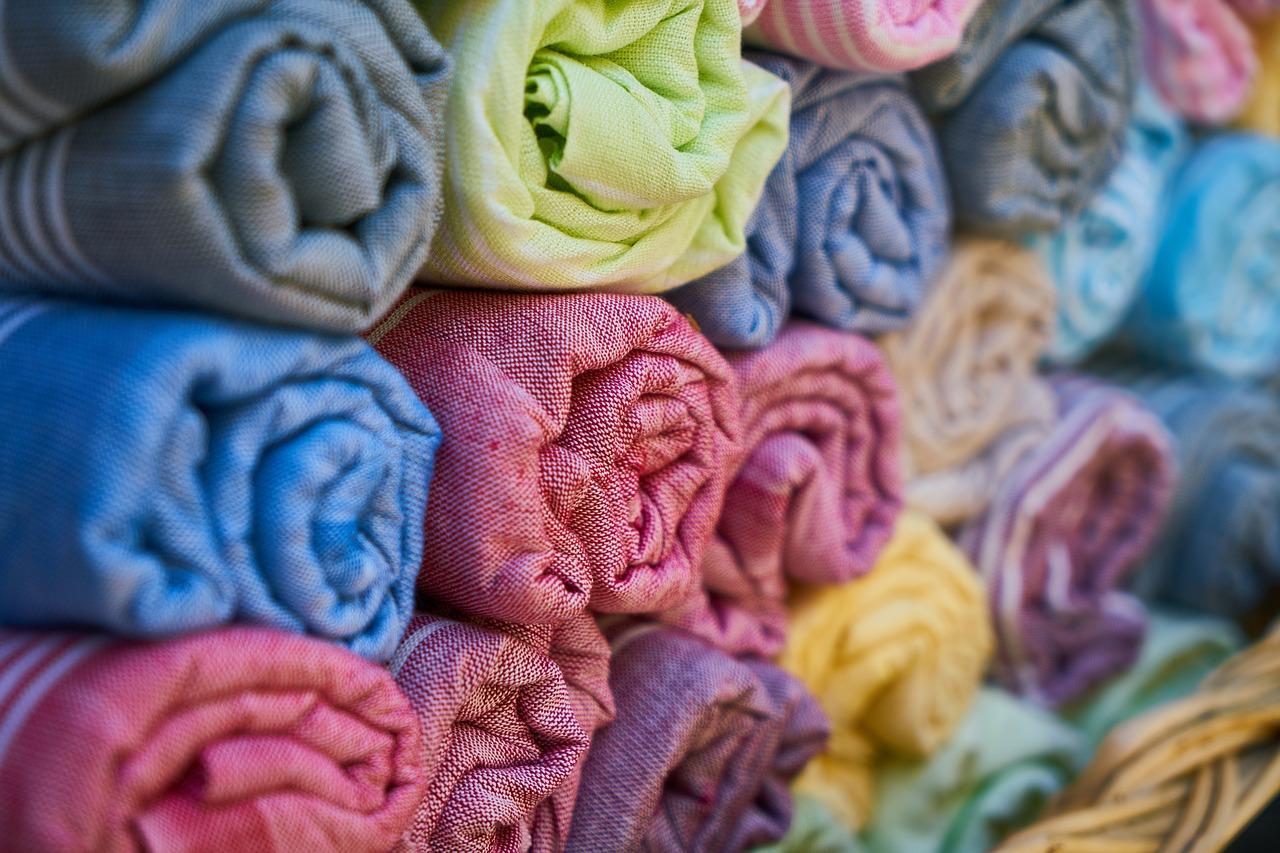 Tafty – tkaniny nie tylko na sukienki